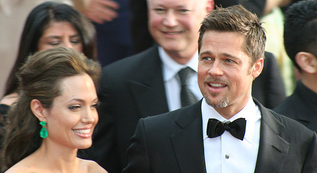 Moving Out After a Breakup - Brad Pitt and Angelina Jolie